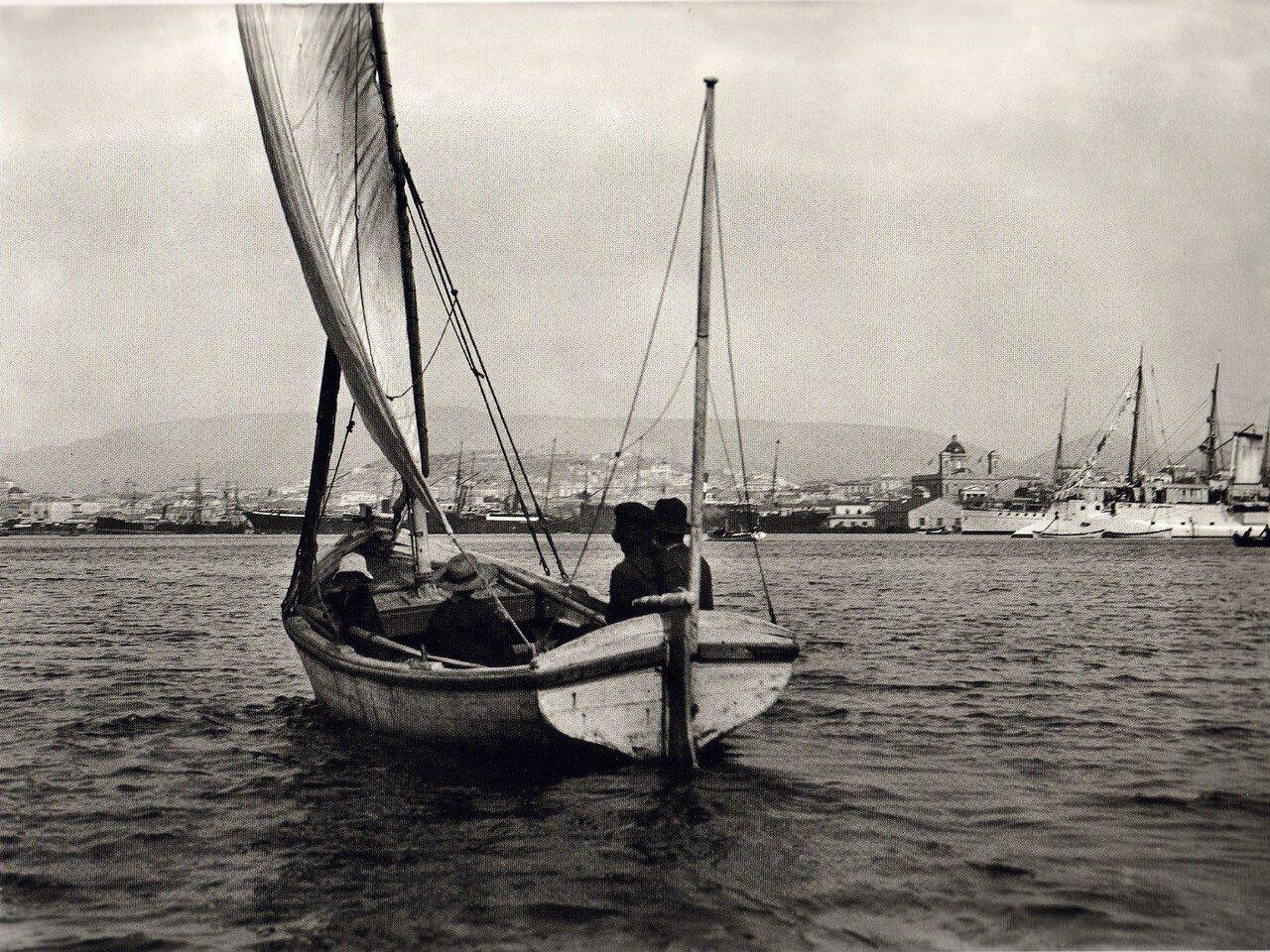 1907. Пирей