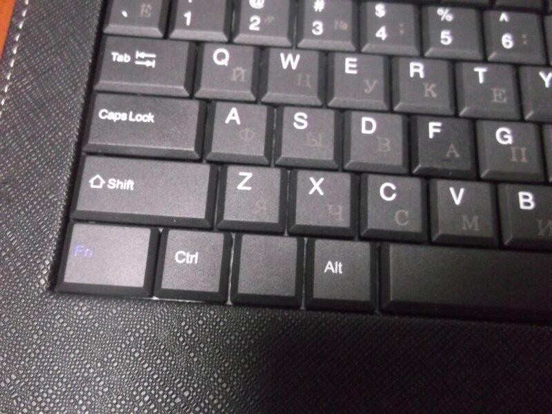 ChinaBuye: Чехол с клавиатурой для 10.1'' планшета