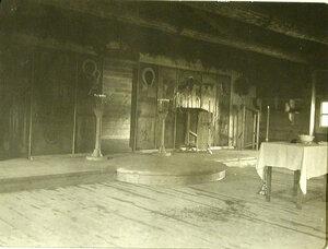 Внутренний вид походной церкви великой княгини Елизаветы Федоровны. Забайкальская обл. Танхой ст.