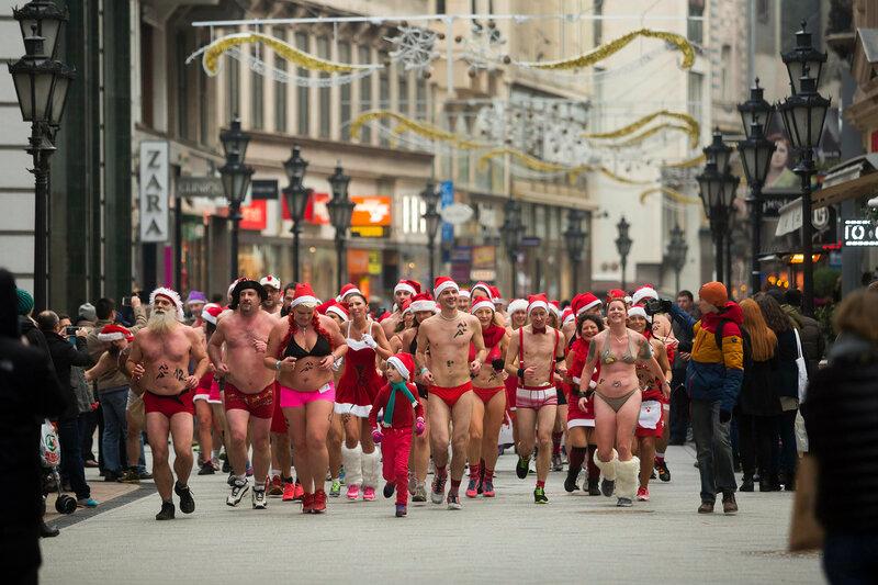Mikulás-jelmezes futás Budapesten