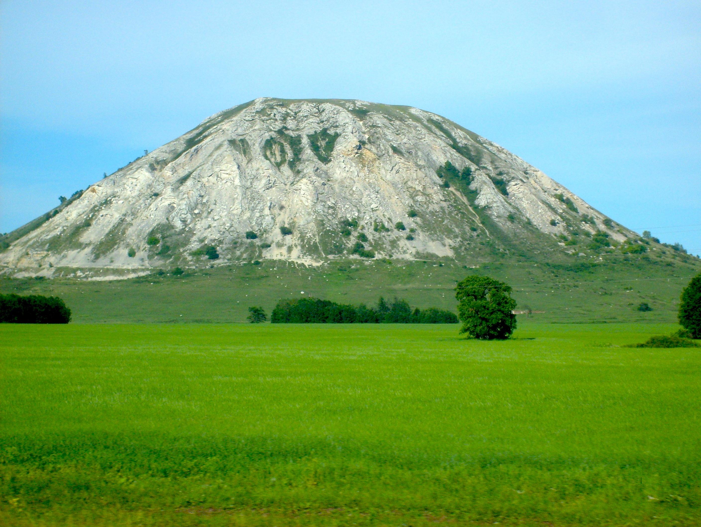 Шиханы - горы одиночки