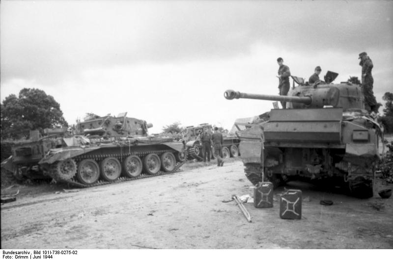 Mk. VIII Cromwell / Sherman Firefly