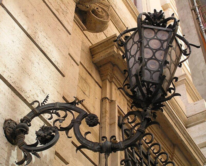 Римский фонарь