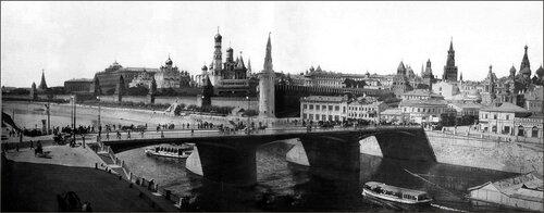 Панорама с Кремлем