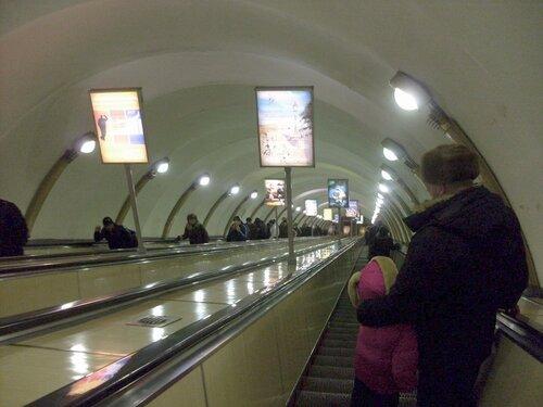 Эскалатор метро Лиговского Проспекта
