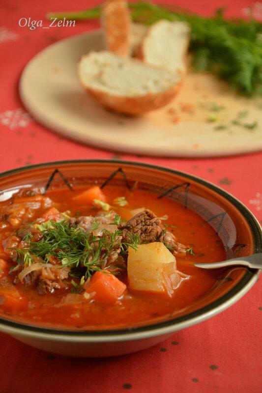 Тирольский суп-гуляш с квашеной капустой