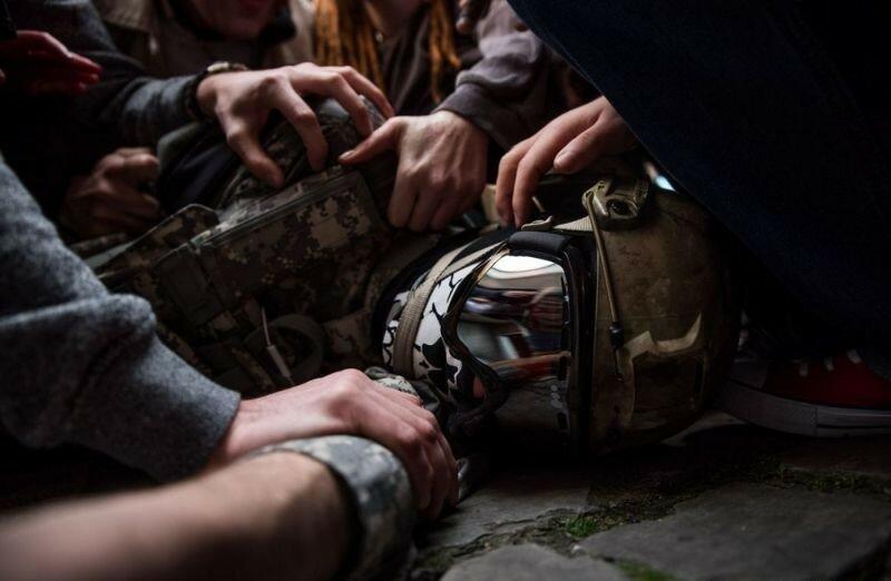 Окровавленные зомби в Брюсселе на фестивале фантастики 0 160796 c89ea670 XL