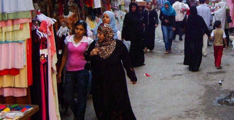 6. Каир, Египет Жителей Каира можно назвать консерваторами. Мужчин здесь никогда не встретишь в шорт