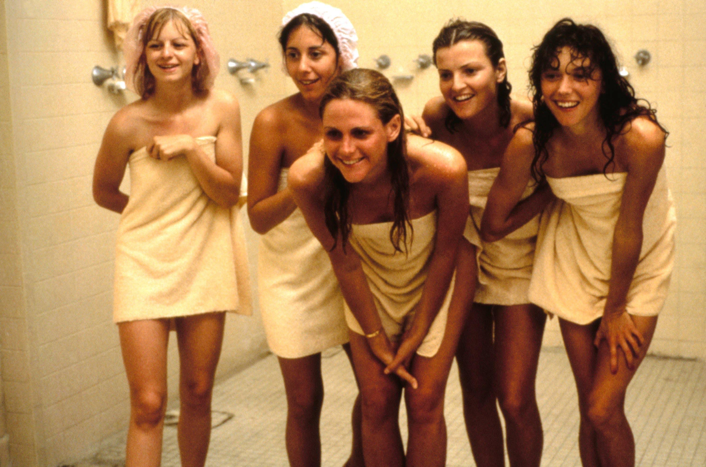 Флорида 1954 год, группа учащихся старшей школы, решают помочь своему другу потерять девственность.
