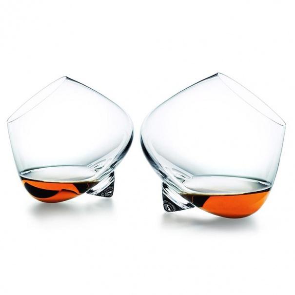 Идеальный бокал для виски придумали дизайнеры Normann Copenhagen— стаким приятно соблюсти «правило