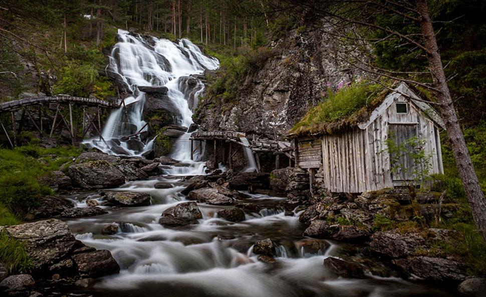 Водопад Кведнафоссен, Норвегия.