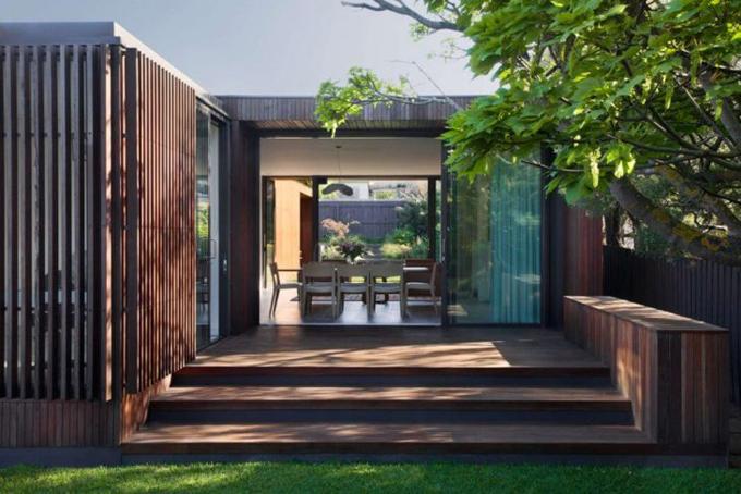 Современный дом от Coy Yiontis Architects