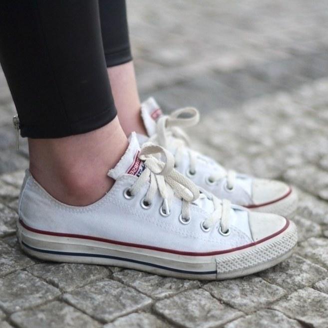образ-с-кедами-кроссовками-фото2.jpg