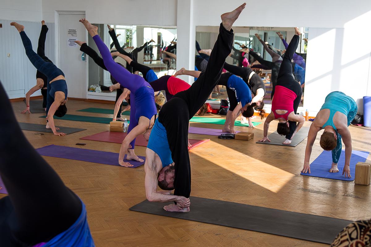 Анапа йога с Сергеем Кулыгиным фото