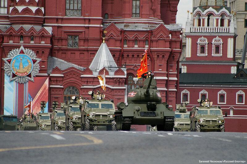 Весна. Парад реп. танк Т 34. 07.05.16.01..jpg