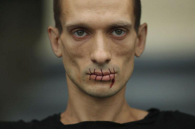 Павленский получит премию Вацлава Гавела «За креативный протест»