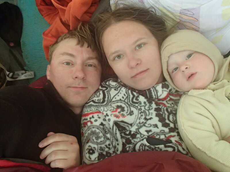 ночевка в палатке с ребенком (1 год) в холодную ночь