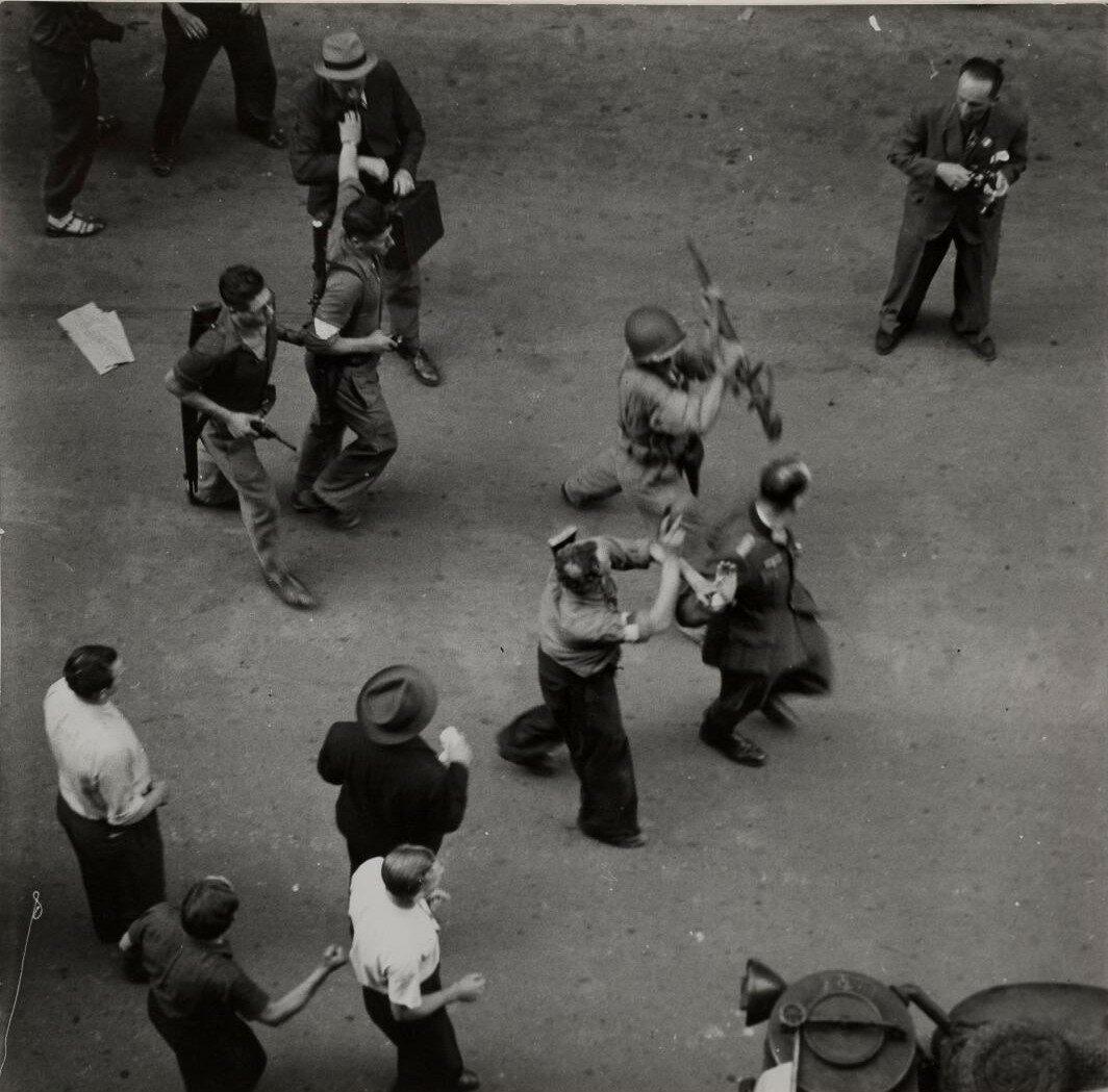25 августа. Немецкие пленные на Королевской улице