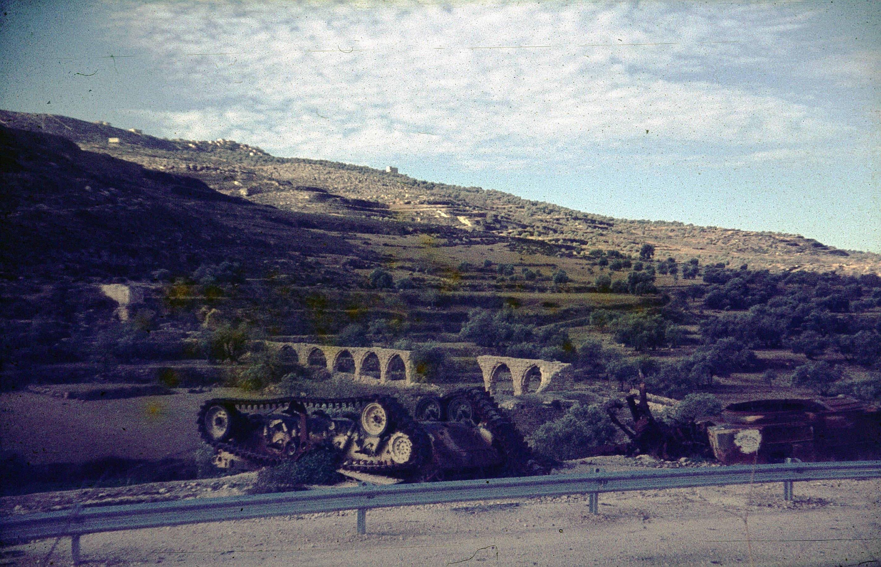 Подбитый танк возле Шхема
