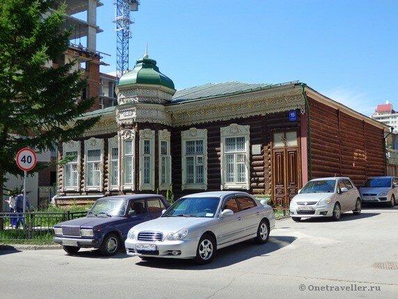 Новосибирск. Дом Бузолина