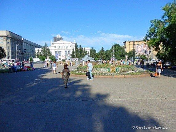 Новосибирск. Фонтан в Первомайском сквере