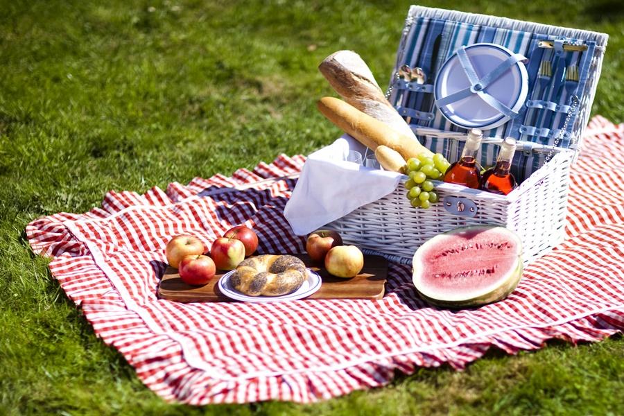 Некоторые продукты летом могут быть опасными
