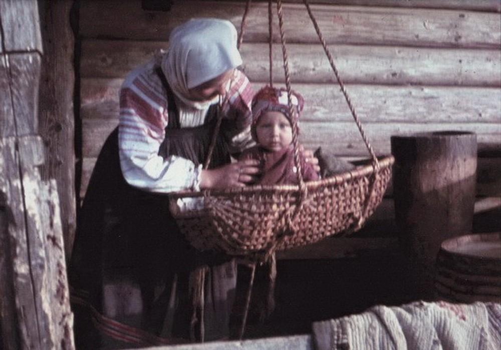 Когда мы проходили через другие русские деревни, мне тем более стало ясно, что было бы правильно как