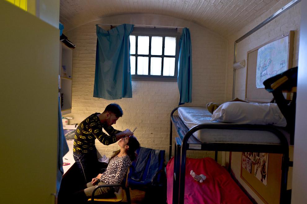 5. Бывшая тюрьма в Гарлеме, Нидерланды, где живут мигранты, 26 апреля 2016. (Фото Muhammed Muhe