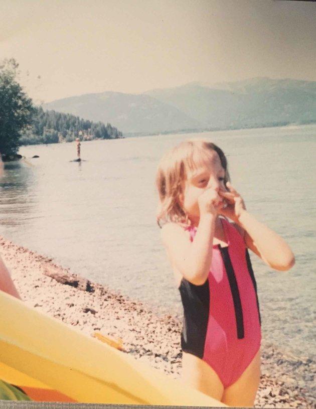 «Когда мне было 5 лет, я смотрела на себя в зеркало и все время спрашивала у мамы, почему я так урод