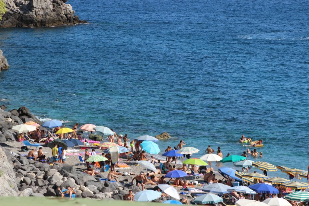 пляжи майори амальфитанское побережье обрезанных