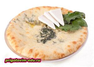 Осетинский пирог со шпинатом