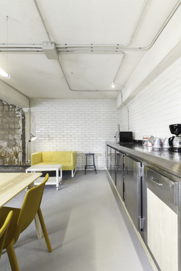 Iconoweb Offices by Nan Arquitectos