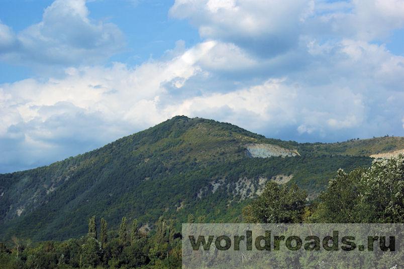 Гора Нексис