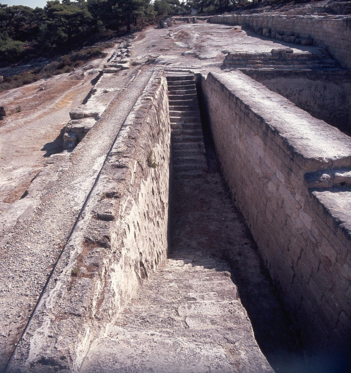 Камирос. Резервуар для воды VI в. до н. э.