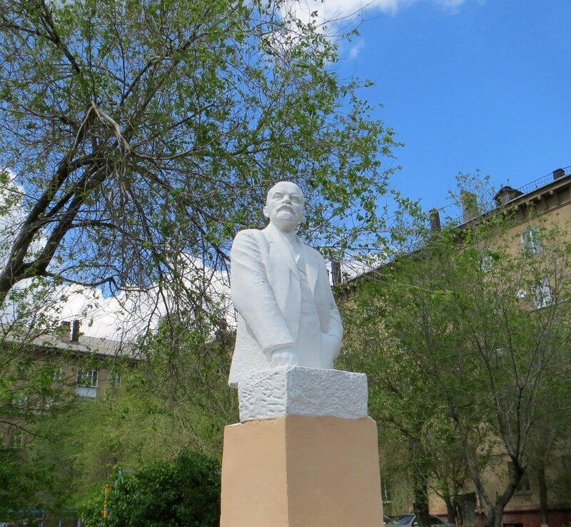 Восстановление памятника Ленину