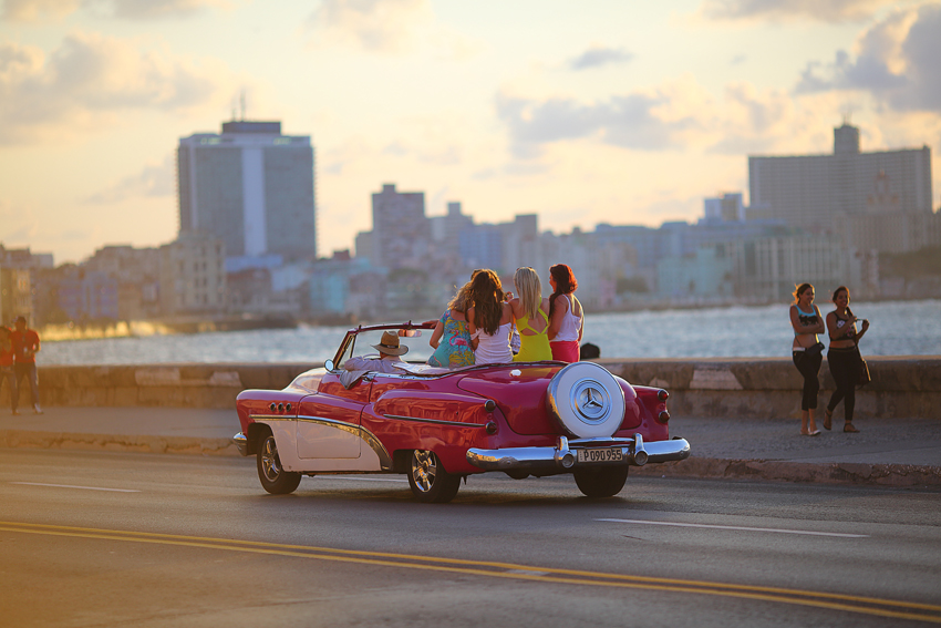 Una vez mas  otra vez: Кубинский запой пока не проходит