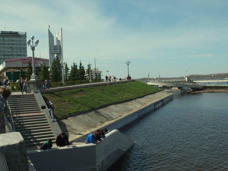 Набережная, мост и запад 066.JPG