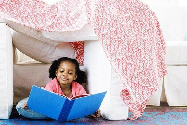 Развлечения в постели! 12 веселых детских игр с одеялом и подушкой