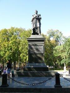 Памятник М. С. Воронцову в Одессе