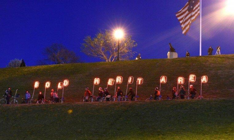 Light City: фотографии красочного фестиваля огней в Балтиморе 0 22c126 67feccff XL