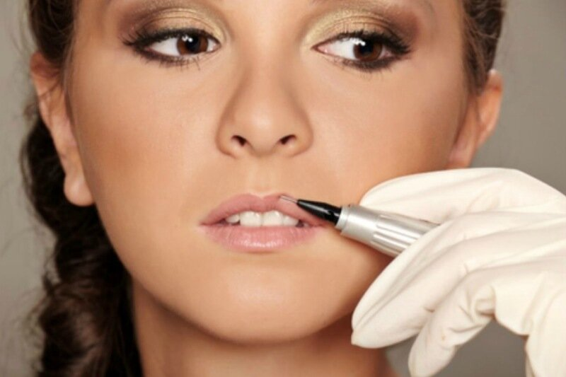 Кому и когда нельзя делать перманентный макияж