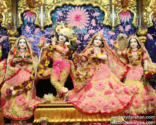 010 Sri Sri Radha-Gopinath  Lalita Vishakha 1280x1024