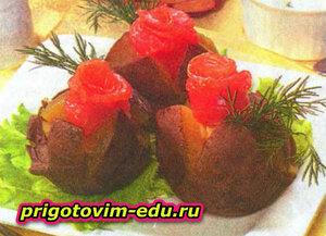 Картофель с рыбными розочками