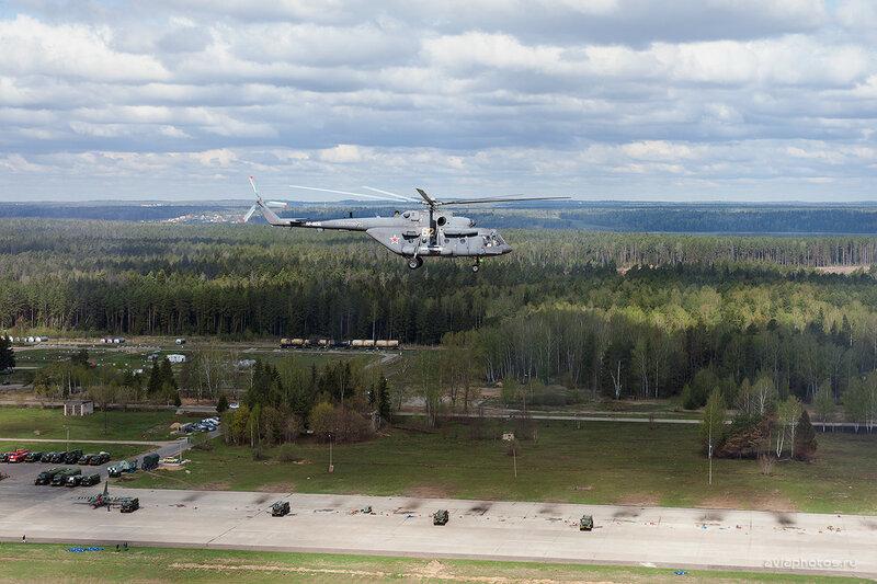 Миль Ми-8АМТШ (RA-91136 / 82 желтый) ВКС России D700586