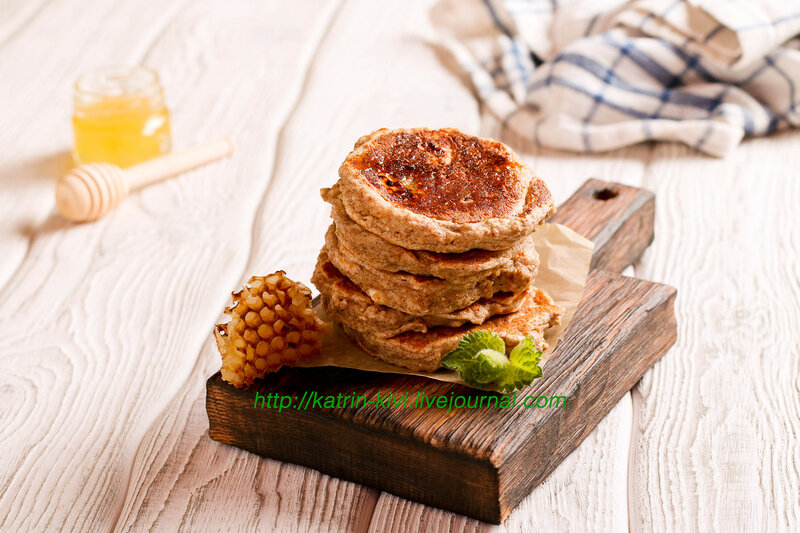 pancakes with honey, decorated mint for breakfast, horizontal