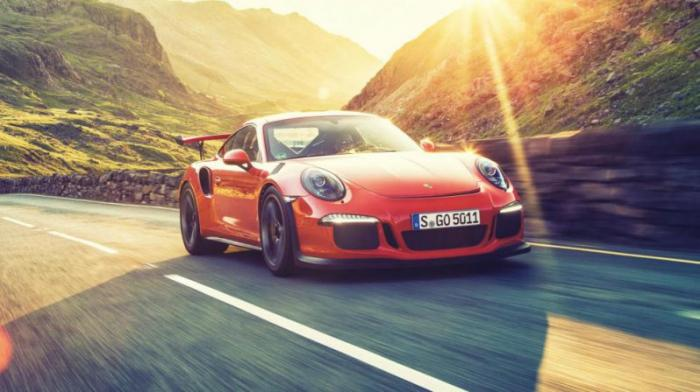 Porsche 911 GT3 RS: 0-100 км/ч за 3,3 с В