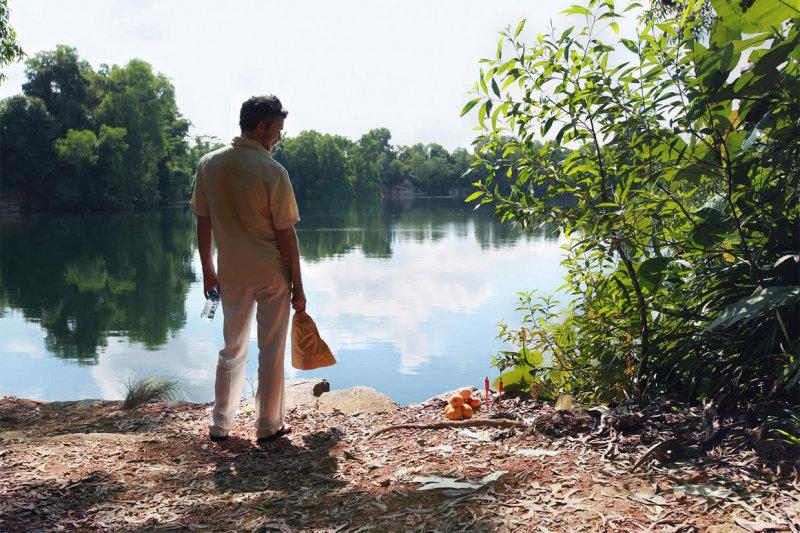 Полтора часа одурманивающего самоанализа главного героя Джерри в блестящем исполнении Эйдана Ги