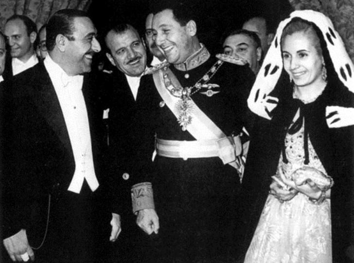 Президент Аргентины Хуан Перон и Эвита Дуарте Благодаря Перону Эва получила главные роли в кино, ее