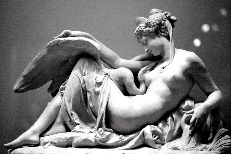 6. Леда и Лебедь Альбер-Эрнест Каррье-Беллёз, 1870. Музей Метрополитен.