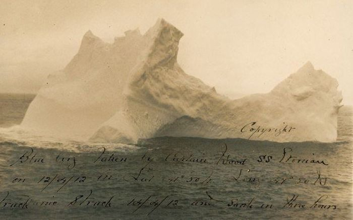 айсберг и титаник